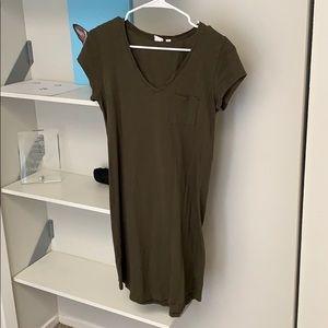 Gap T-Shirt Dress Army Green (M)